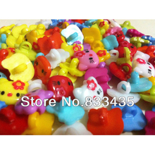 Free Shipping 200pcs mixed plastic Hello Kitty pattern cartoons sewing cloth kids button clothes findings(w02203)(China)