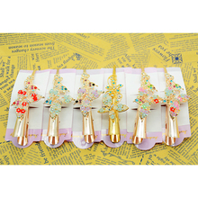 1 pcs Stylish Female Retro Hair Clips Crystal Butterfly Flower Combs Hair Sticks Women's dresses Hair Accessories news 2016(China)