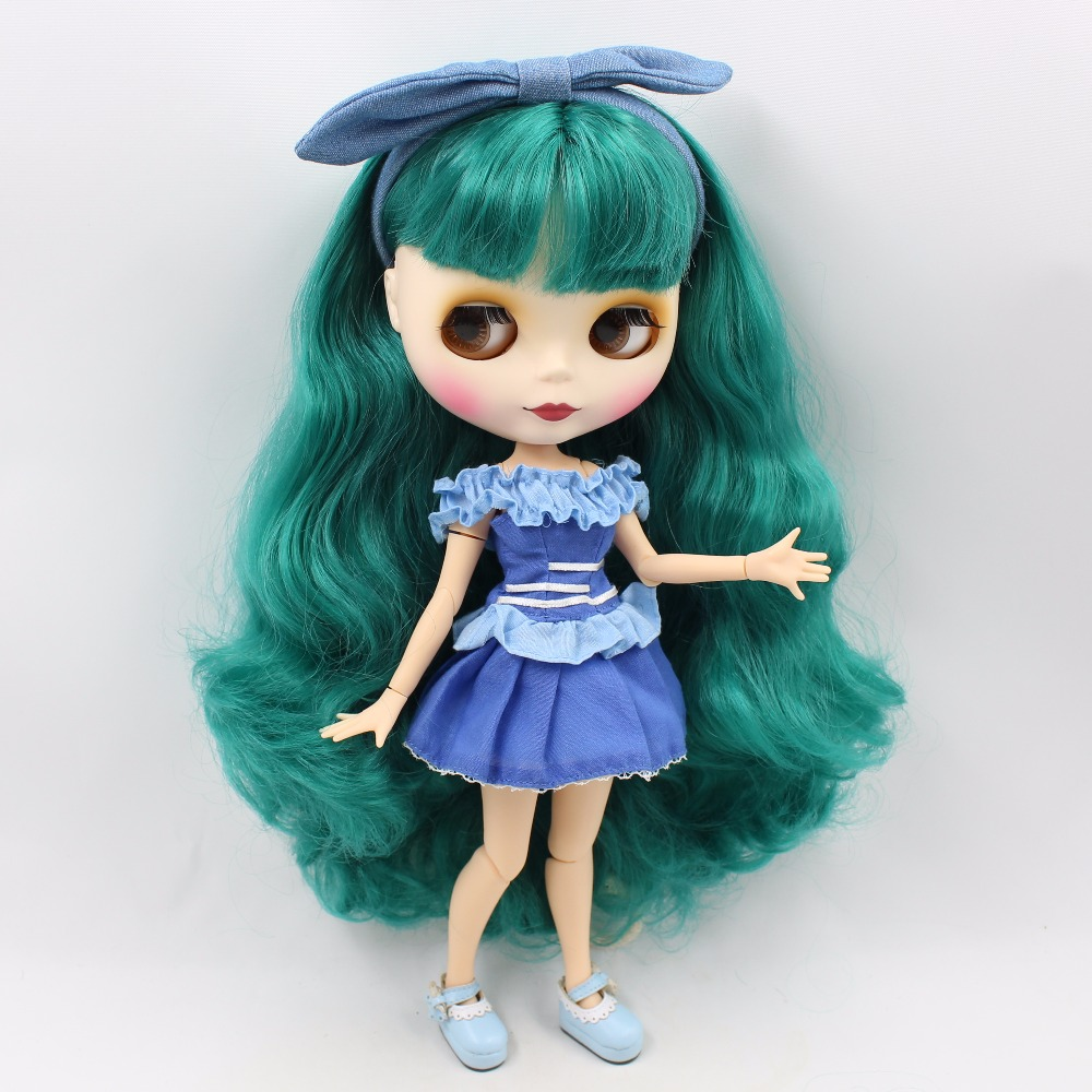 Neo Blythe Doll with Turquoise Hair, White Skin, Matte Face & Jointed Body 2