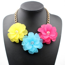 Acrylic Fresh Crystal Colorful Short Fashion Women Jewelry Choker Necklaces Three flower Necklace Popular Accessories , 4 Colors