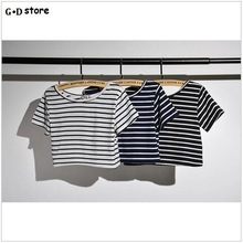 T Shirt Women 2017 New Women's Fashion Sexy Little Belly Black and White Striped Short Sleeve T-shirt Crop Tops Short