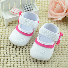 Baby girls shoes Rose red lace soft bottom baby shoes Little Embroidered Flower Baby Shoes First walker canvas girl shoes
