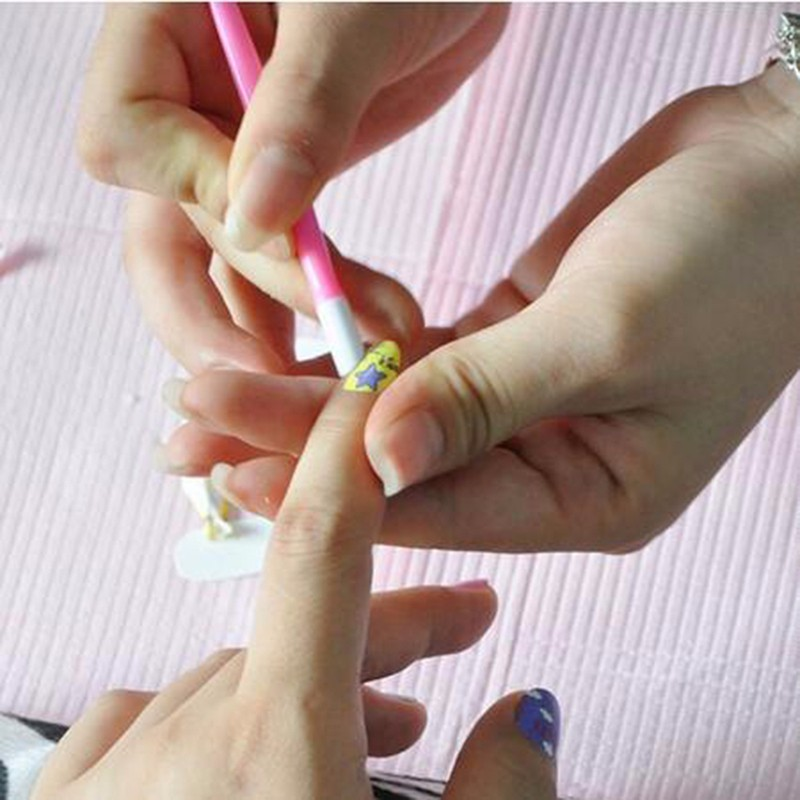 Random-Color-Nail-Art-Manicure-Curve-Rod-Sticks-Artificial-Plastic-Nails-Pick