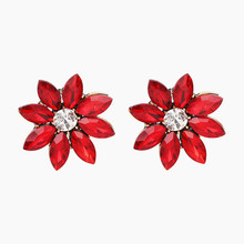 XIAO YOUNG Black Red Rhinestone Flower Stud Earrings Fashion Women Jewelry Party Night Club Earring Gift Accessories