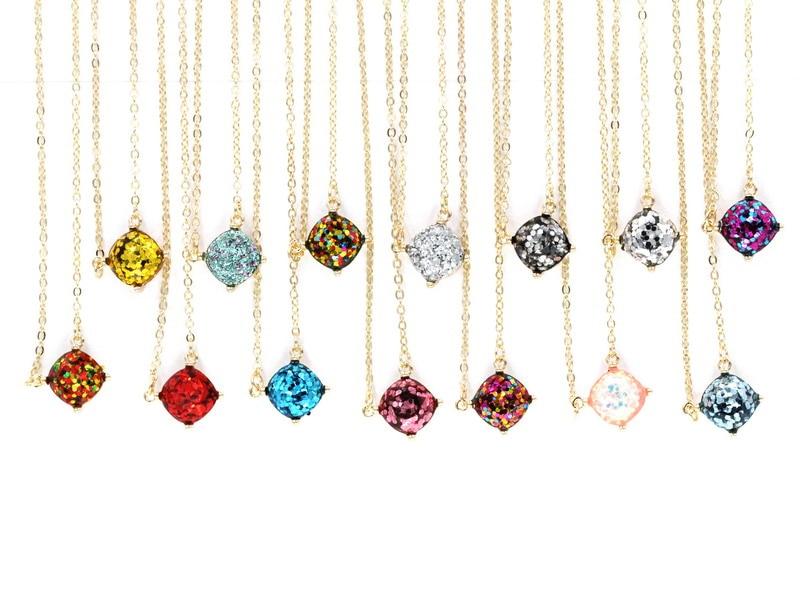 2016-new-personality-14-glitter-colors-choker-square-dot-necklace-small-cute-shinny-color-pendant-necklace (2)
