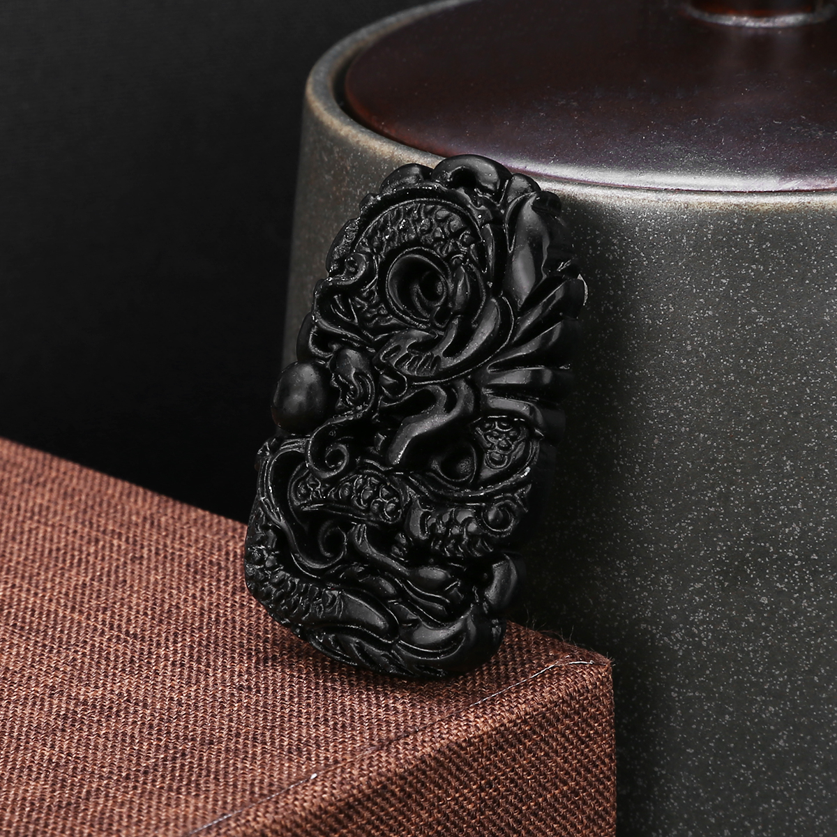 1pc Beautiful Natural Jade Carved Dragon Black Green Jade Pendant Dragon Good Lucky Necklace Pendant Amulet Gift