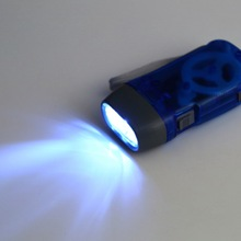 Worldwide 3 LED Dynamo Wind up Flashlight NR Torch Light Blue for Camping