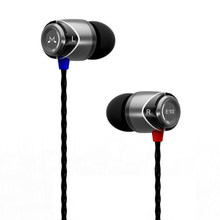 Genuine SoundMAGIC E10 Hifi Stereo Earphone Metal Bass in Ear Headphones 3.5mm jackplug Mobiles MP3 Earbuds Headset Auriculares