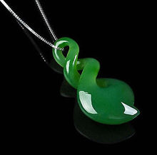 free shipping Jewelr 005312 Natural china green pure hand-carved heart-shaped pendant necklace(China)