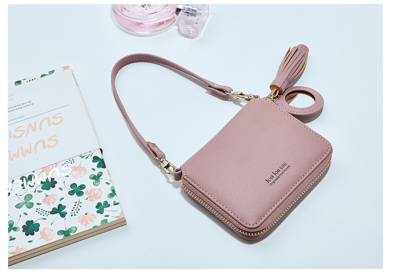 wallet with wrist strap (1)