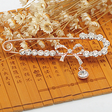 Fashion Rhinestones Crystal Bow knot Brooches Clips for Women Scarf Brooch  Pins Jewelry Accessories Gift Cheap 5cea593bd44b