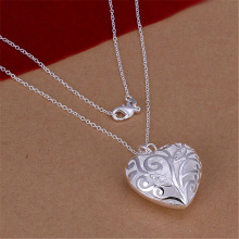 New Listing Hot selling  silver plated  Crystal beautiful heart charms Necklace Fashion trends Jewelry Gifts