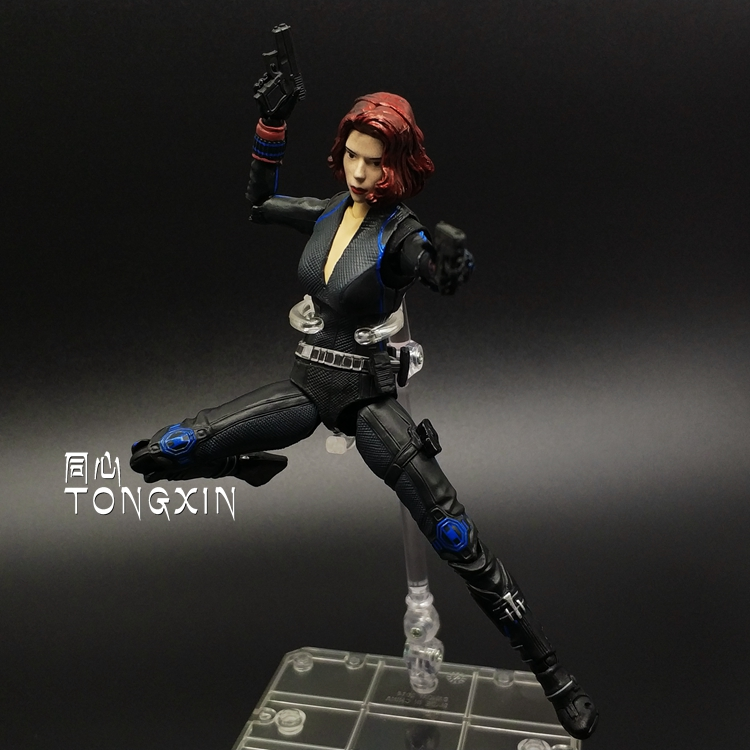 The Black Widow Hand Model Ornaments Hulk Action Figure Toys Avengers 2<br>