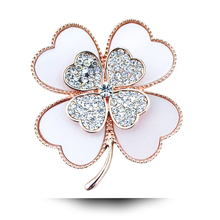 B060 Acrylic Clover Brooch For Women Gold Color Rhinestone Brooch Jewelry & Jewellery Christmas Gift Brooch Pins