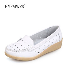 HYFMWZS Flat Shoes Women Comfortable Peas Shoes Woman Breathable Spilt Leather Driving Shoes For Women Fashion Mother Shoes