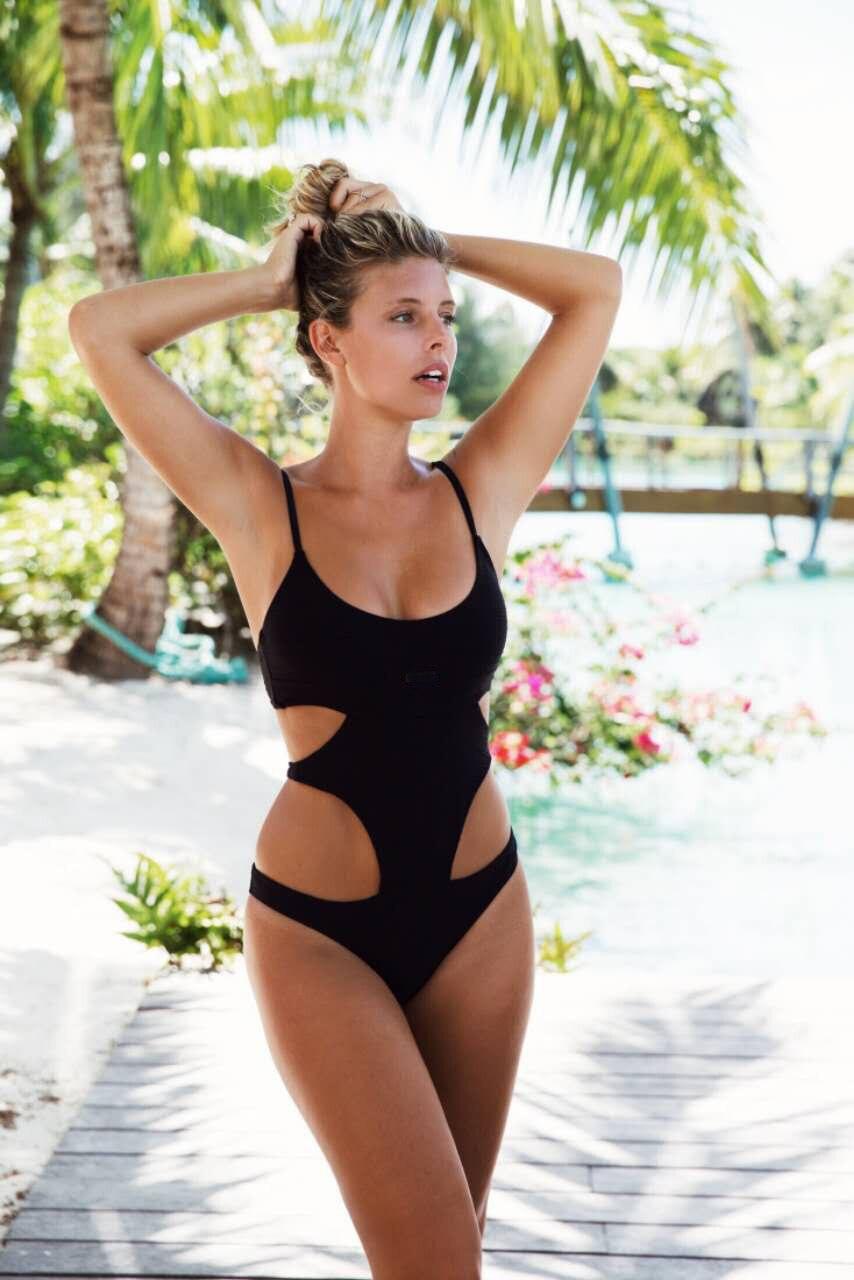 MENLEQI 2017 New One Piece Swimsuit Women Plus Size Swimwear Retro Vintage Bathing Suits Beachwear Print Swim Wear Monokini <br>