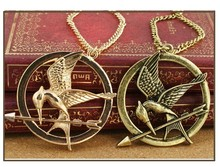 N026 Hot Sale new vintage small bronze Hunger Games trailer necklaces jewelery wholesale Free Shipping(China)