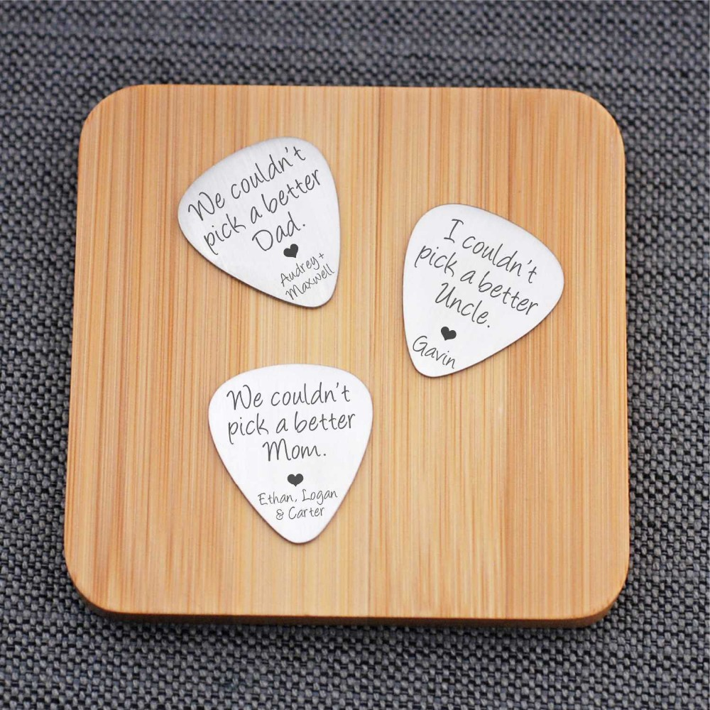 I Couldn't Pick A Better Dad Guitar Pick Wooden Keyring Gift For Musical Dad