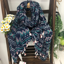 Big Size Bohemia Printing Tassels Pashmina Scarves Women Classic Ethnic Style Navy Blue Winter Soft Polyester Warm Scarf Stoles