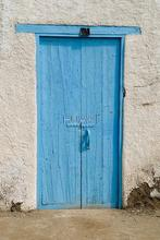 HUAYI Art Fabric Photography backdrop Blue Wooden Door Photos For Studios backdrop Old Shabby Door Wood Background D-2516