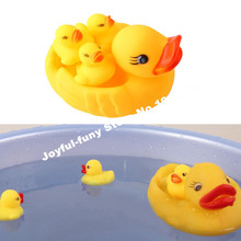 SUN & CLOUD 4 Pcs/lot Bath Toys Shower Water Floating Squeaky Yellow Rubber Ducks Baby Toys Water Toys For Bathroom