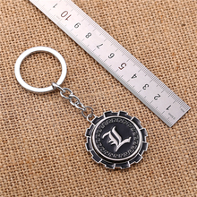 Julie 10Pcs/lot Rotatable Anime Death Note Letter L Logo Round Alloy Silver Keychain Key Ring Holder Jewelry porte clef Chaveiro