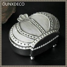 DUNXDECO Vintage Crown Luxury Key Accessory Storage Box Multifuction Zinc Craft Table Decoration Home Office Storage Gift
