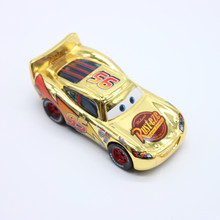100% Original Pixar Cars 2 No.95 Gold Lightning McQueen 1:55 Diecast Metal Loose Toy Car Cartoon Movie Alloy Model Toy Car
