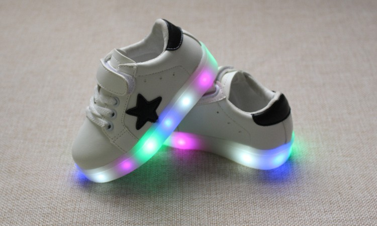 New 17 Cool LED lighted fashion new brand breathable children shoes cute little baby girls boys shoes kids sneakers 7