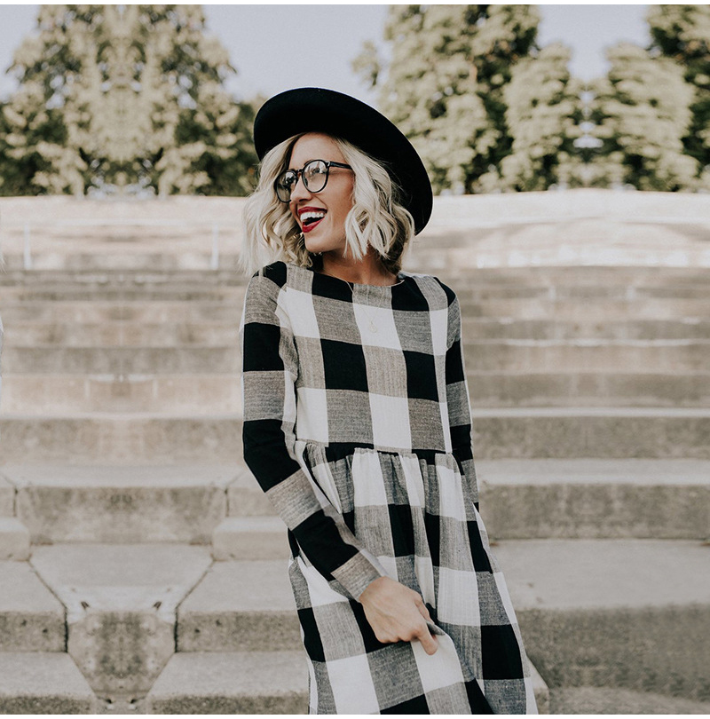 LOSSKY Fashion O-neck Long Sleeve Black White Plaid Maxi Dress Women 2018 Autumn Winter Vintage Casual Linen Long Ladies Dresses 5