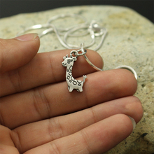 1pcs wholesale tiny Cute Cartoon giraffe pendants for women necklace Animal jewelry Simple Summer necklace gift for friend