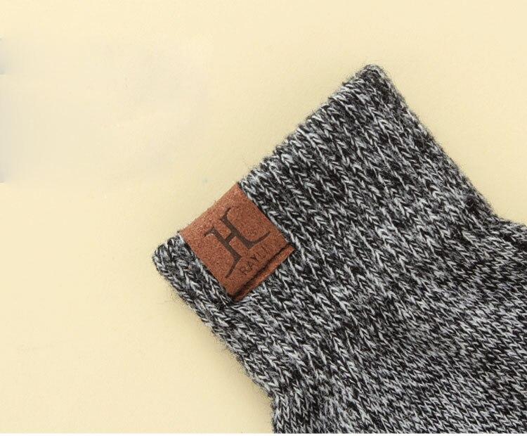 scarf gloves hat set women men winter scarf hat set winter hat scarf and glove set smart touch screen texting gloves set (6)