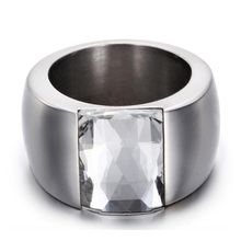 Fashion Stainless Steel Crystal Ring Female Titanium Wedding Ring for women(China)