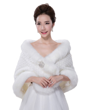 Warm Thick Faux Fur Bridal Shawls with Diamond Wedding Jacket Cloak Wedding Bolero Wraps Coat Wedding Fur Bolero faux fur stoles