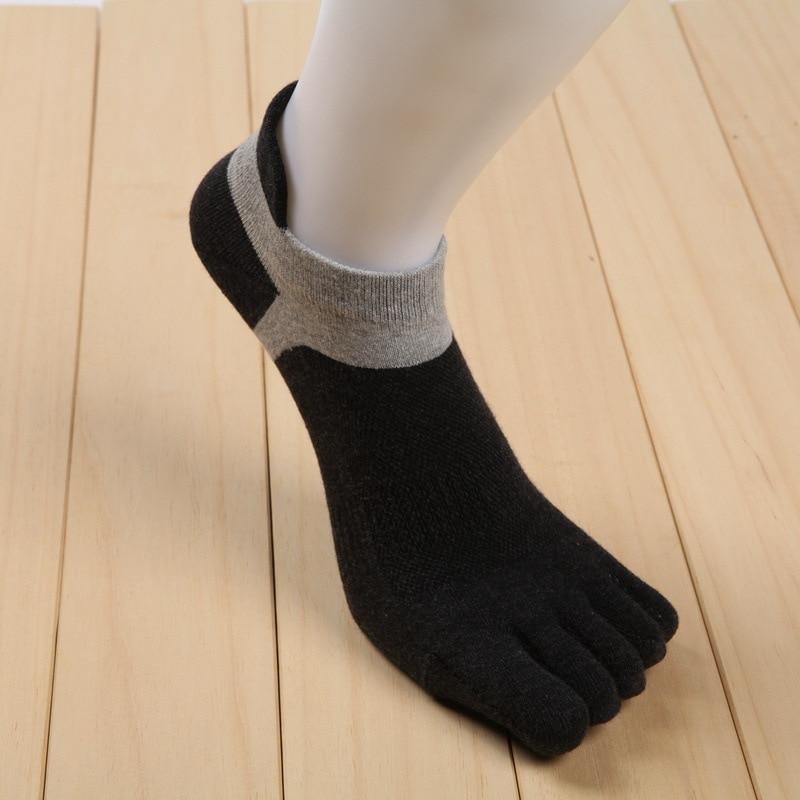 drop-shipping-hot-sale-mens-cotton-Five-fingers-separate-socks-Casual-fashion-Short-tube-deodorant-socks