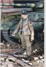 1:35 scale WW2 German armored hand gun miniatures WWII Resin Model Kit figure Free Shipping