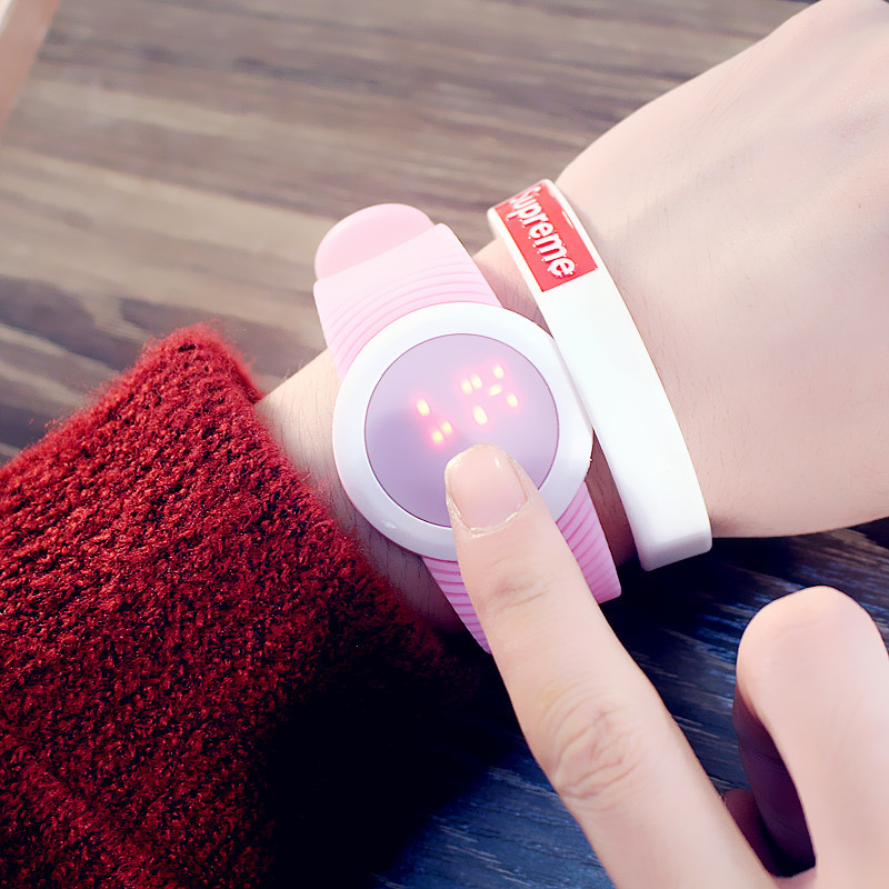 PINBO-Popular-Men-s-Women-s-Silicone-Red-LED-Sports-Bracelet-Touch-Watch-Digital-Wrist-Watch (1)
