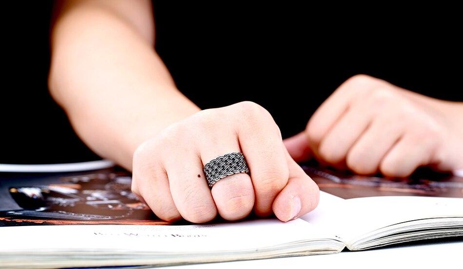 แหวนโคตรเท่ห์ Code 037 แหวนแนวโกธิคลายถักไวกิ้ง เท่ห์ดุแบบเรียบๆ สแตนเลส8