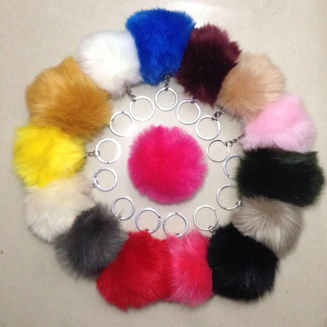 European 8CM Length multicolour Rabbit Fur Ball Cell Phone Car Keychain Pendant Handbag Charm Key Chain PomPom Charm Key Keyring(China)