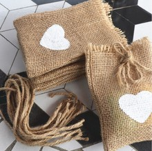 10pc/lot Heart Vintage Burlap Jute Drawstring Gift Pouches Bags for Wedding Favors Rustic Hessian Valentine Gift Jewellry Bags