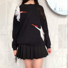 Women Black O-neck Sweater Swan pattern Embroidery With Red Diamond Warm Knitwear Pullover Sweater(China)
