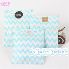Free Shipping 1000pcs Light Blue Chevron Paper Bags for Candy Bars Favors and Popcorn Packaging Gifts 5 inch x 7 inch(China)