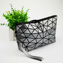 2017 New Japan Baobao Clutch Handbags Messenger Bag Bao Women Make Up Laser Sac Bags Geometry Envelope Clutch Phone Small Bag