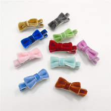 20pcs/lot Small Blue Velvet Hair Clip Deep Brown Hair Bow Fleece Mini Girls Small Bow Hairpin Spring Mint Pink Pigtail Grip