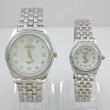 2017 Nary Brand Lovers Watches Crystal Inlaid Full Steel Quartz Watch Women Men Casual Wristwatches Silver relojes 1/ pcs price