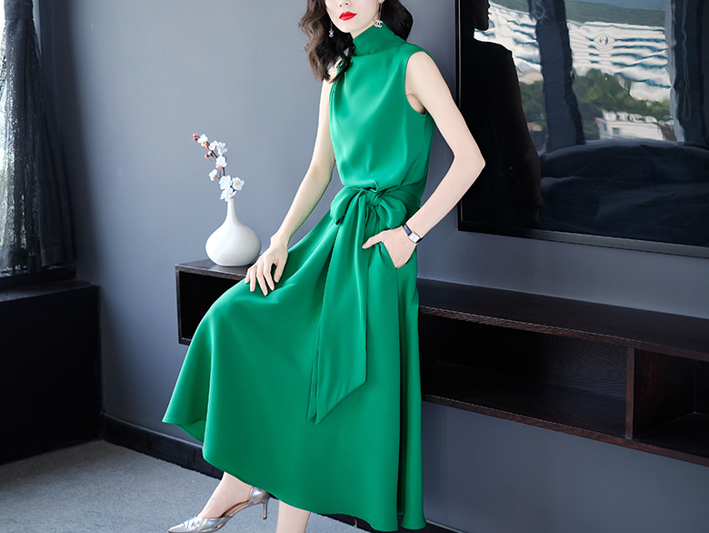 Summer new green long ol commuter temperament professional bow slim waist a word long dress