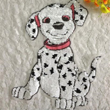 Free shipping men boy clothes pet Sequins patches dalmatian dog logo fashion embroidery patch for clothing patchwork fabric