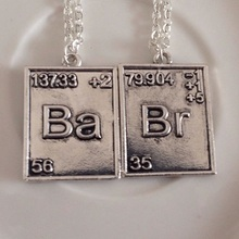 2 pcs/set 2015 New Popular Vintage Jewelry Breaking Bad Necklace Chemical Symbol Br Ba Pendant Brothers Couple Necklace Gift