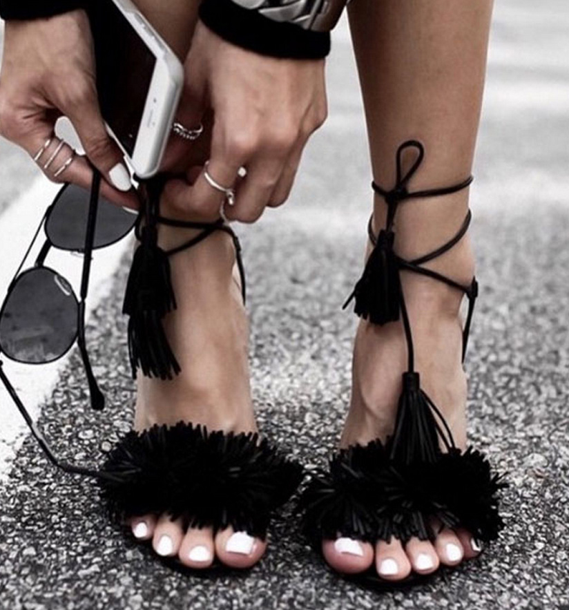 HIZCINTH Women Sandals 2018 Summer Shoes Woman Tassel Sexy High Heels Ankle Strap Lace-up Gladiator Sandals Women Suede Pumps<br>