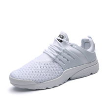 2017 Men's Running Shoe Breathable Light Walking Jogging Sneakers White Red Mesh Sport Trainers Cheap Men Athletic Shoes